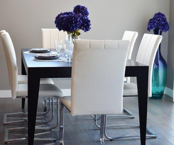 dining-room-2157778_640