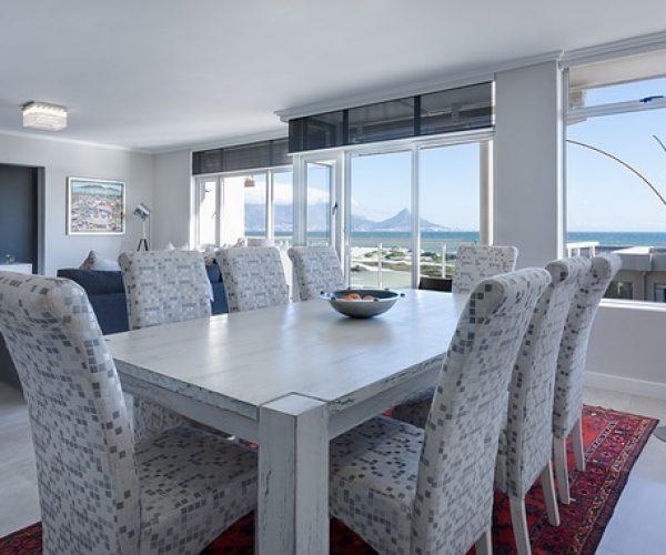 modern-minimalist-dining-room-3108037_640
